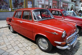 Red_Skoda_1000_MB_mod (27k image)